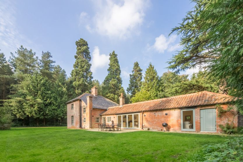 Click here for more about Bears Cottage