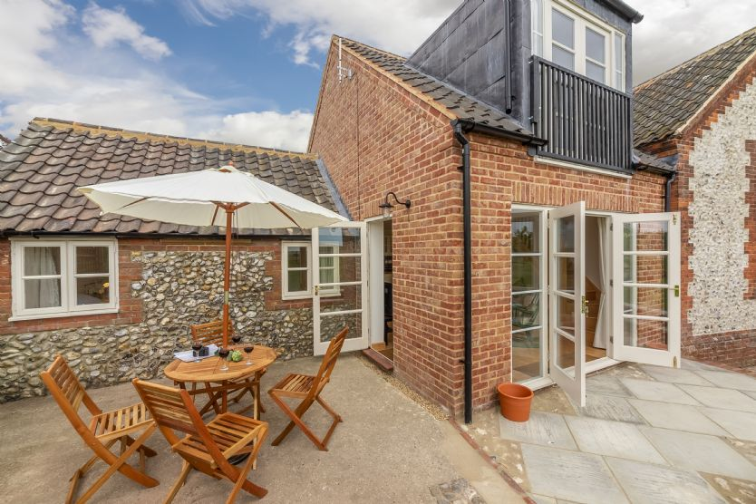 Click here for more about Gallery Cottage