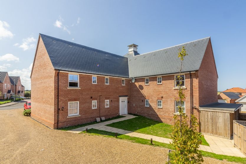 Click here for more about Apartment 5 (Staithe Place)