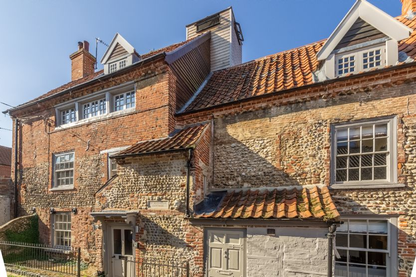 Click here for more about St Michaels Cottage
