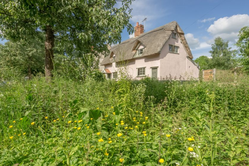 Click here for more about Gardeners Cottage (TM)