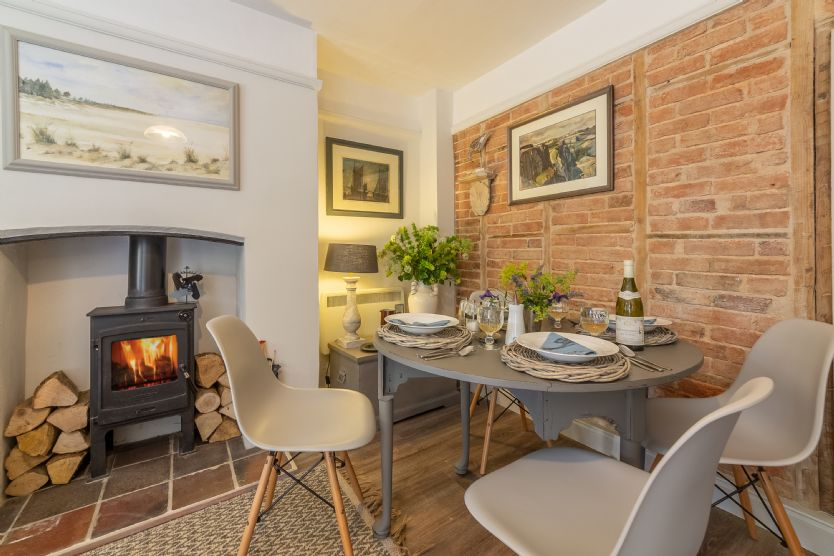 Click here for more about Piper Cottage (2)