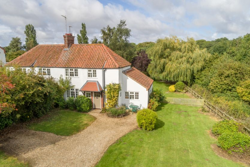 Click here for more about Easter Cottage
