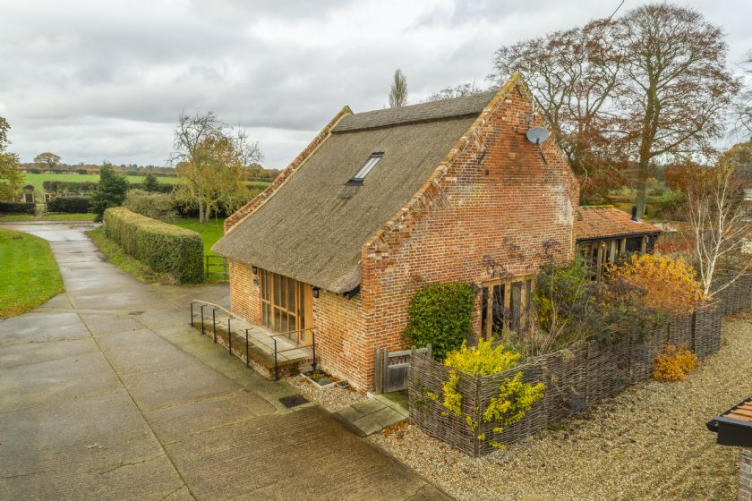 Click here for more about Princes Barn