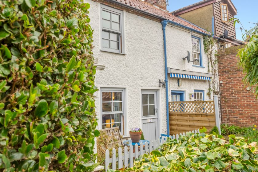 Click here for more about Alberts Cottage