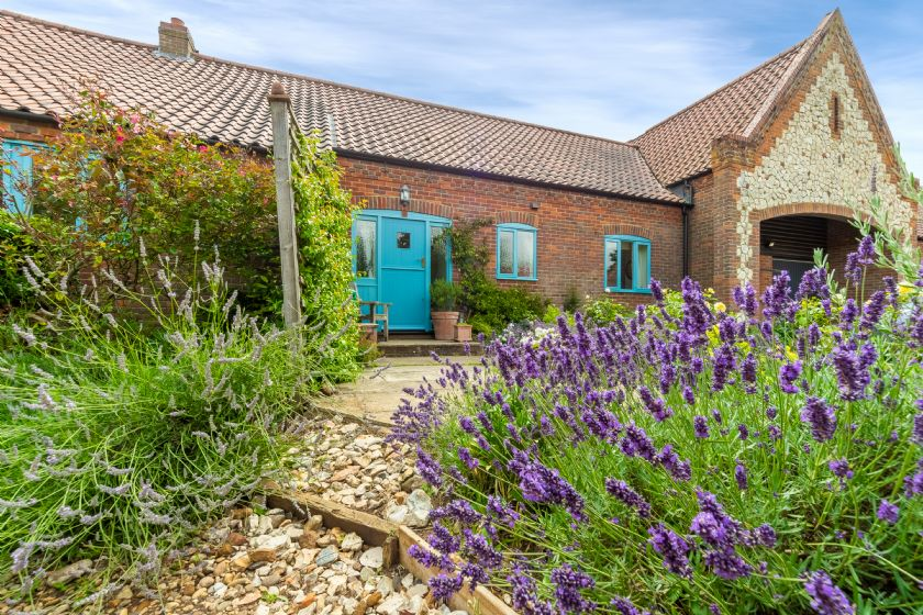 Click here for more about Saxon Shore Cottage