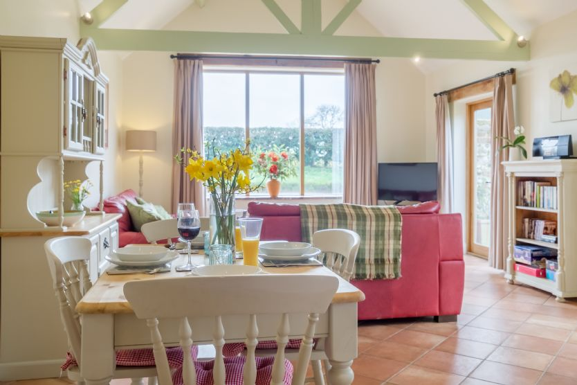 Click here for more about The Cart Lodge (6)