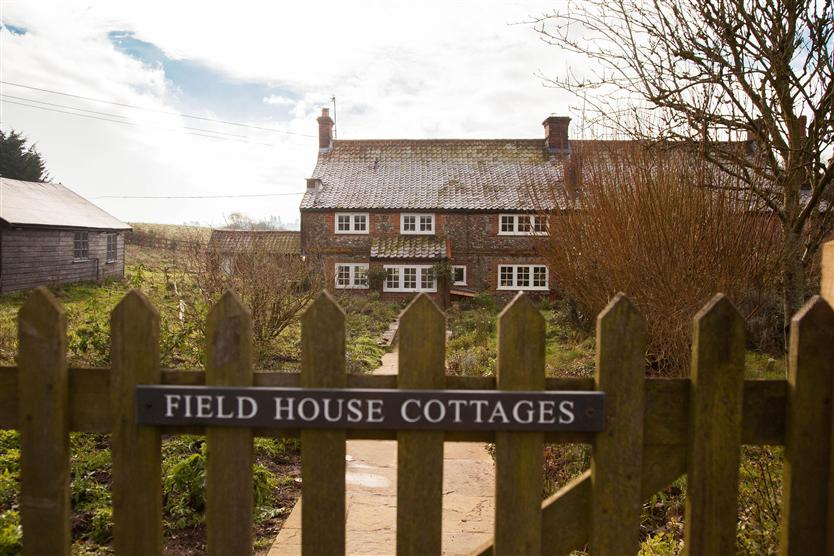 Click here for more about Field House Cottage