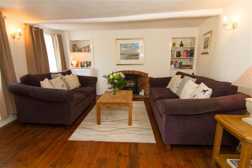 Click here for more about Three Tuns Cottage