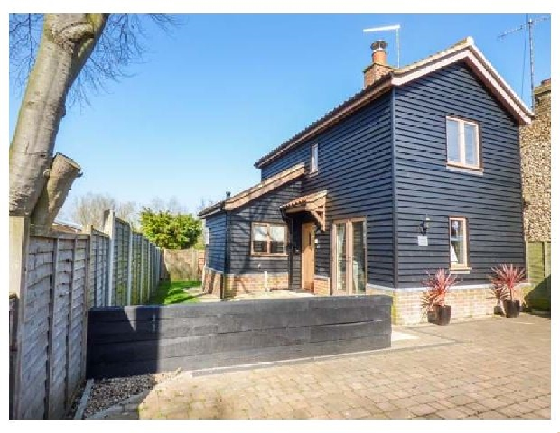 Click here for more about Meadowsweet Cottage