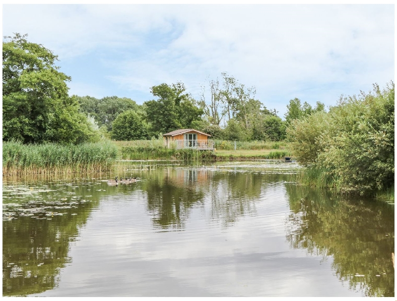 Click here for more about Lakeside Lodge
