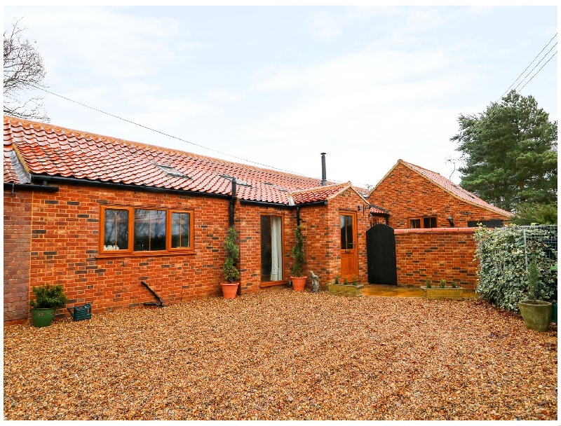 Click here for more about Honey Buzzard Barn